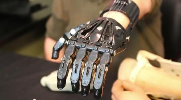 Создан 3D-напечатанный протез руки sotsproekt-ryazan.ru